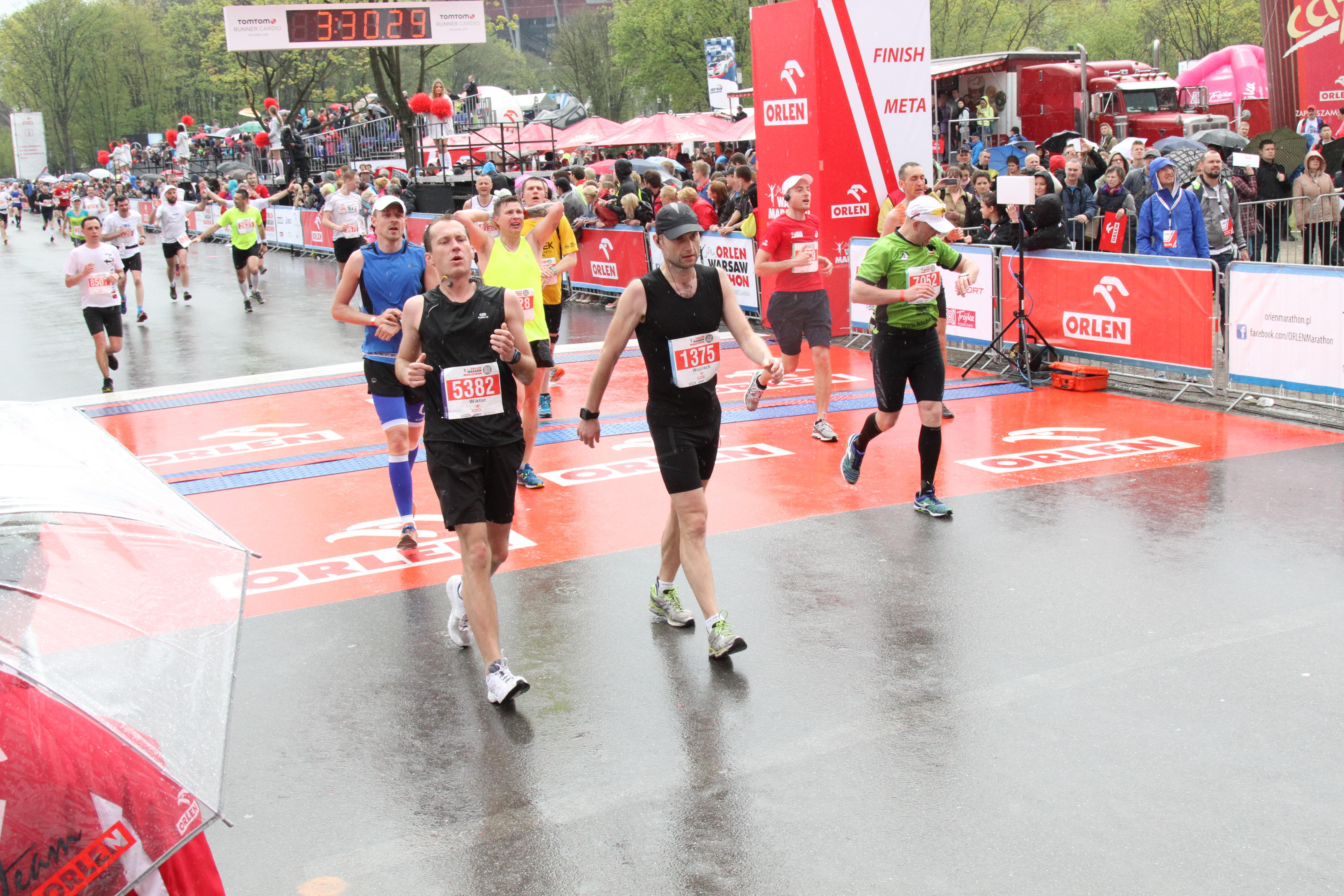 Orlen-warszaw-Marathon-bieg-finisz-2.jpg